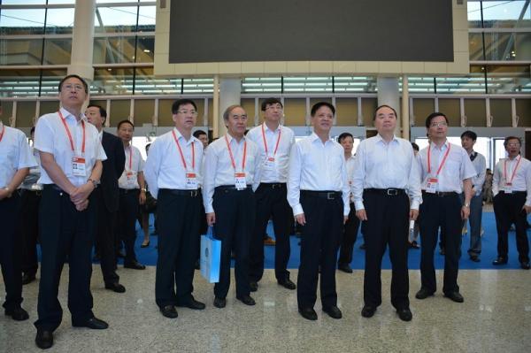 第十五届中国•海峡项目成果交易会在福州举行
