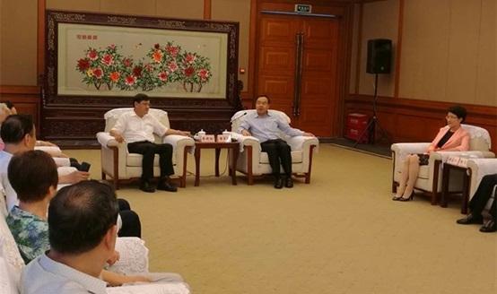 李晓红书记赴四川、重庆开展科技合作调研